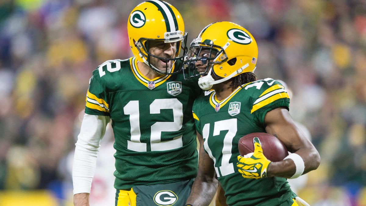 """Aaron Rodgers and Davante Adams Post Cryptic """"The Last Dance"""" Photos in Their IG Stories; Social Media Wonders if They Don't Want To Return To Green Bay or Will Decide To Run It Back For One More Season (Pics-Tweets)"""
