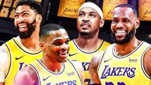 """Carmelo Anthony On How The Lakers Being """"Old As Hell"""" Is More Of An Advantage Than A Detriment"""